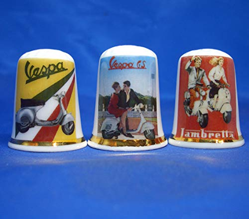 Porselein China Thimbles Set van drie - Vespa Scooter Advertising Posters