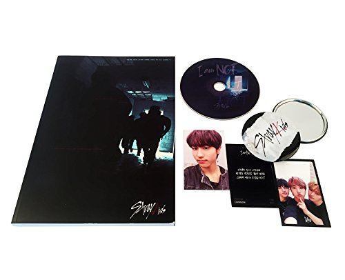 STRAY KIDS 1st Mini Album - I am NOT [ I AM Ver. ] CD + Photobook + 3 Photocards + FREE GIFT / K-Pop Sealed