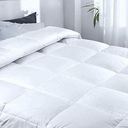 HouseDeck Hotel Quality Duck Feather & Down Quilts, 15 Tog, Warm, Gentle, Smooth and Easy Care, Naturally Super Soft Duvet (Single)