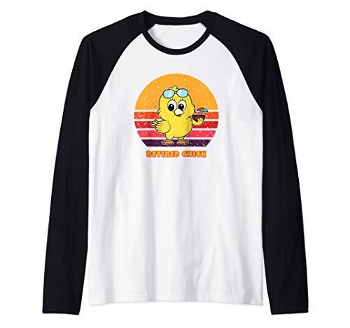 Funny Retired Chick Retro Sunset Retired Chick Gift Ideas Camiseta Manga Raglan