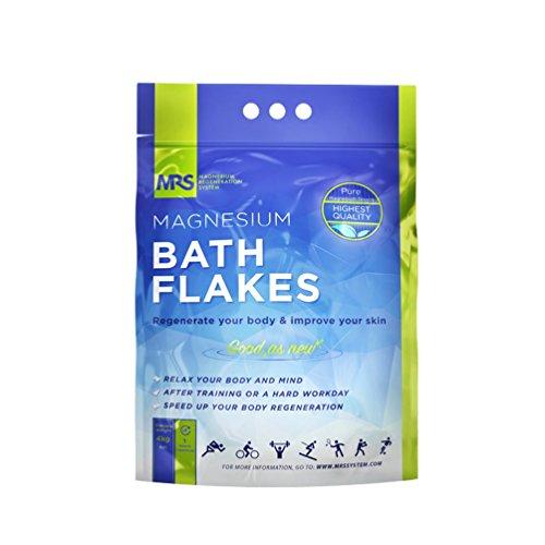 MRS Magnesium Flakes & Magnesiumflocken in feinster Premiumqualität – 100% naturbelassene Magnesiumchlorid Flocken – ideales Badesalz für ein Fußbad, Vollbad & gegen Magnesiummangel – 4 kg