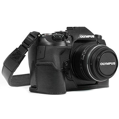 MegaGear Ever Ready Leder Kamera Halbtasche mit Trageriemen kompatibel mit Olympus OM-D E-M1 Mark III, E-M1 Mark II MG1086 Schwarz