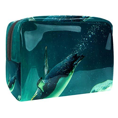 Borsa per il trucco Borse da toilette Organizer per cosmetici Custodia con cerniera per donna Piccolo pinguino australiano che nuota nel serbatoio dell'acqua