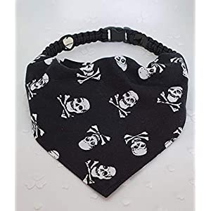 Halstuch für Hunde – schwarz Piraten inkl. Handmade Halsband
