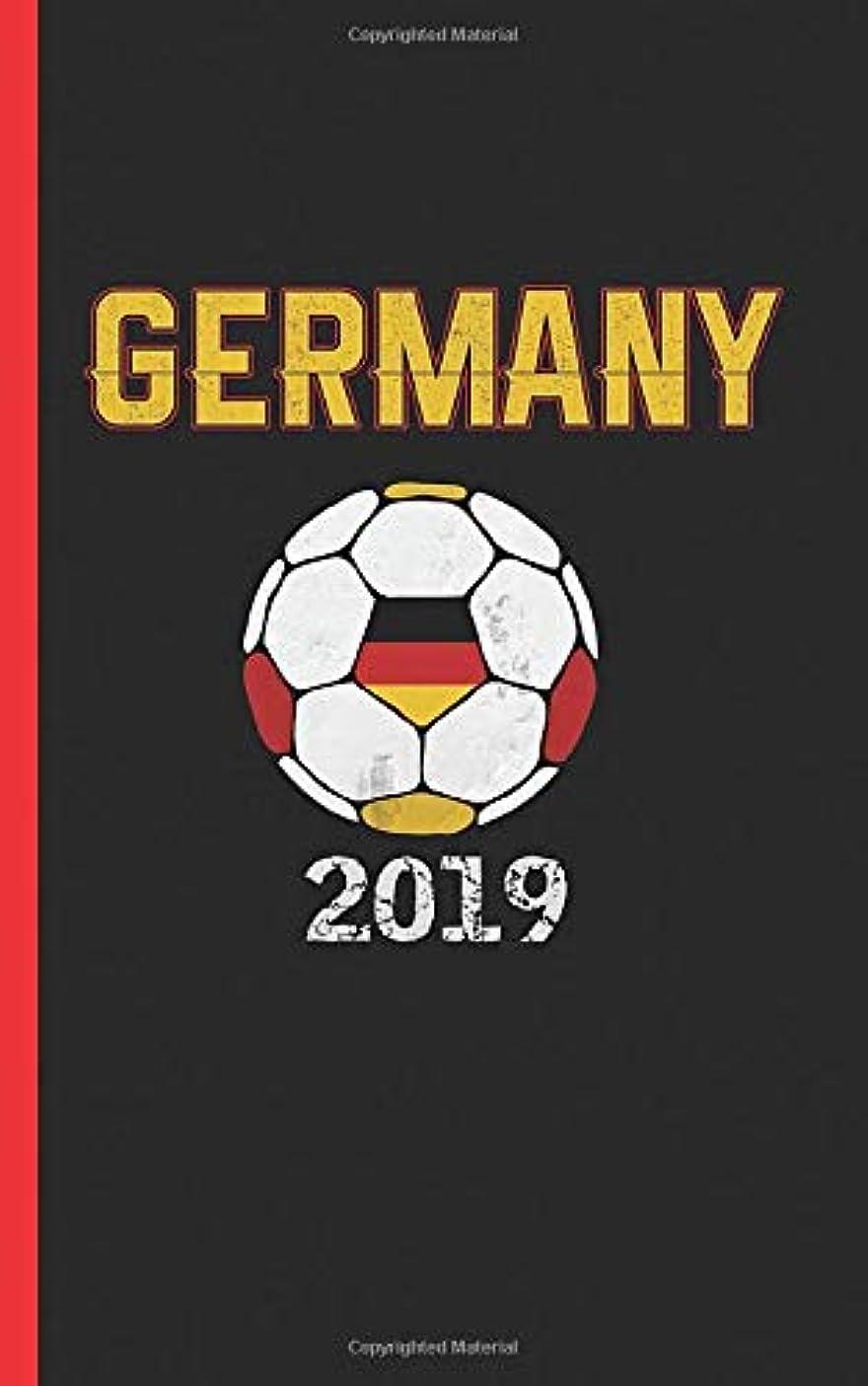 フィットネス生態学生Germany Flag Soccer Ball Journal - Notebook: Patriotic German DIY Writing Note Book - 100 Lined Pages + 8 Blank Sheets, Small Travel Size 5x8