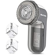 BEAUTURAL Fabric Shaver and Lint Remover, Sweater Defuzzer with 2-Speeds, 2 Replaceable Stainless Steel Blades, Battery Operated, Remove Clothes Fuzz, Lint Balls, Pills, Bobbles