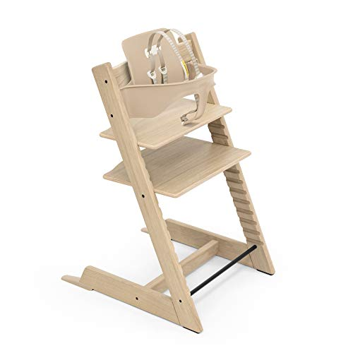 Tripp Trapp High Chair from Stokke, Oak Natural - Adjustable, Convertible Chair for Toddlers, Children & Adults - Includes Baby Set with Removable Harness for Ages 6-36 Months - Made with Oak Wood