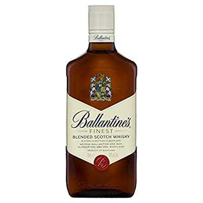 Ballantines Finest Blended Scotch Whisky mit Glas / Milder Blend aus schottischen Malt & Grain Whiskys / Mit zartem Geschmack, ausgereiftem Aroma & frischem Abgang / 1 x 0,7 L