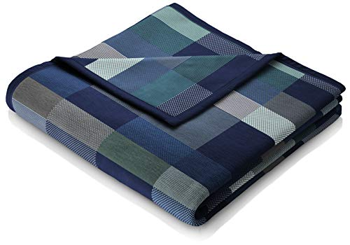 biederlack Flauschige Kuschel-Decke aus Baumwolle und dralon I Made in Germany I Öko-Tex I nachhaltig produziert I Wohn-Decke Color Squares Dark Blue in dunkelblau-grau I Sofa-Decke in 150x200 cm
