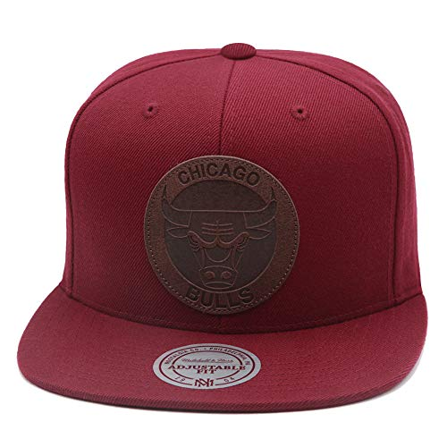 Mitchell & Ness Chicago Bulls Snapback Hat for Men - Maroon/Brown Leather - Basketball Cap for Men