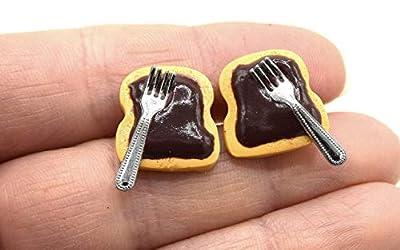Boucles d'oreille puces de tartine chocolat Fimo, tartine avec fourchette, tartine nutella, bijoux enfants, bijoux gourmands,