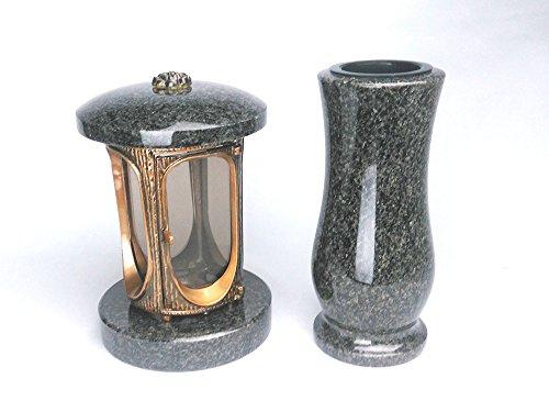designgrab Grablampe aus messingfarbenem Aluminium in Antikoptik und Grabvase Taille-medium in Granit Nero Impala/Astor anthrazit