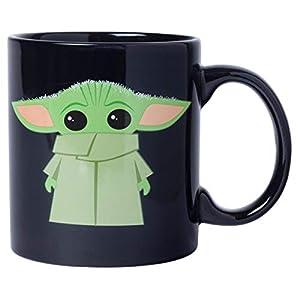 Silver Buffalo Star Wars The Mandalorian The Child Stands - Taza de café de cerámica para capuchino, café con leche o té… 2