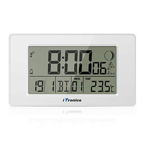 iTronics Reloj de Radio Digital de Pared con Indicador de Temperatura Reloj Despertador Temporizador de Cuenta atrás, Blanco
