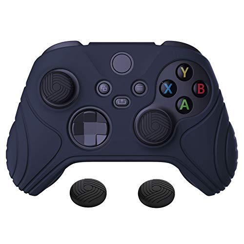 eXtremeRate PlayVital Funda de Silicona para Xbox Series X S Protector Tacto Suave Carcasa Antideslizante con 2 Tapas de Joysitcks Funda de Goma para Mando Xbox Series S X(Edición Samurai-Oscuro Azul)