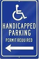 レトロなヴィンテージの装飾金属ティンサイン障害者駐車許可証が必要(左矢印)駐車サイン重い、ビンテージの外観の再現サイン