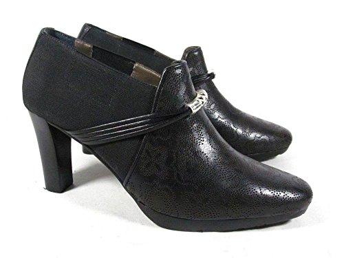 Brighton Spain Laser Cut Black Leather High Heel Pump Shoes (6M)