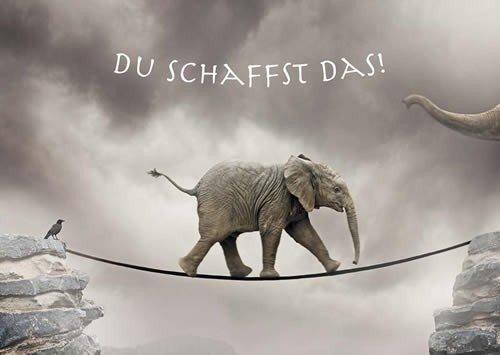 Postkarte A6 +++ LUSTIG von modern times +++ DU SCHAFFST DAS +++ MODERN TIMES © KOLBE, Sigi/GETTY IMAGES