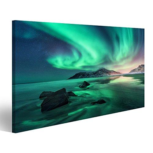 Cuadro Cuadros Aurora. Aurora boreal en las islas de Lofoten, Noruega. Cielo con luces polares, estrellas. Paisaje de invierno de noche con aurora, mar con reflexión de cielo, pied