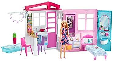 Barbie GWY84 – stuga med docka, möbler och pool, bärbart dockhus