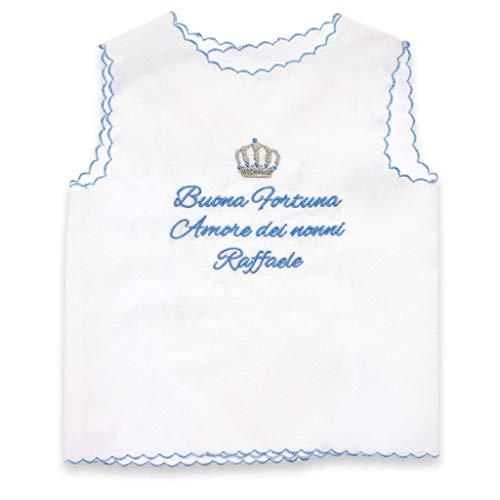 camicina della fortuna per la nascita in tessuto di cotone bianco o in seta e bordino azzurro - con ricamo frase e disegno - personalizzabile Tessuti di altissima qualità e lavorazione perfetta.