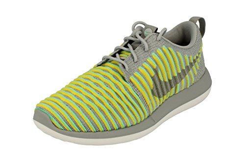 Nike 844929-004, Scarpe da Trail Running Donna, Grigio/Grigio Lupo/Verde (Gris Wolf Grey Wolf Grey Green Glow), 39 EU