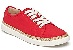best sneakers for travel