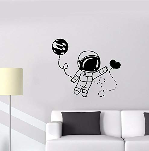 Astronaut Muur Sticker Ruimte Universum Liefde Hart Ballon Maan Manier Vinyl Muur Sticker Schattige Slaapkamer Kinderkamer Home Decor Muurschildering 42 X 49 Cm