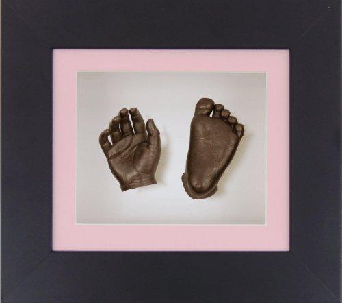 BabyRice New Baby Casting Kit mit 15,2 x 12,7 cm schwarzem 3D-Box-Rahmen / rosa Passepartout / weißer Rückseite / bronzefarben