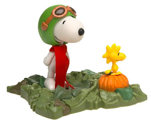 Peanuts It's the Great Pumpkin Charlie Brown Snoopy & Woodstock Figures Set