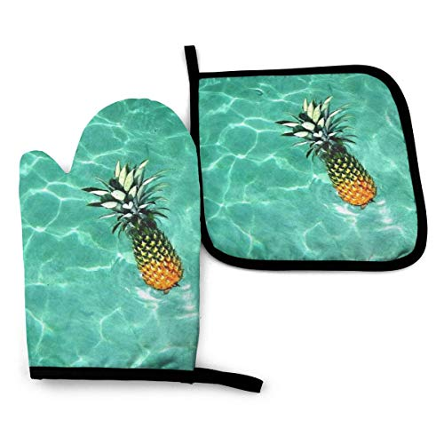 Myleiture Best Pineapple Oven Mitts and Pot Holders Set with Finger Position, Washable Heat Resistant Kitchen Non-Slip Grip Oven Gloves for Safe BBQ Cooking Baking Grilling Set of 2
