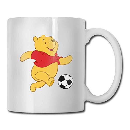 Hdadwy Taza, Winnie the Pooh jugando al fútbol Diseño Tazas de cerámica Tazas de té para el Festival de Acción de Gracias de Navidad Regalo de regalo para amigos, Blanco