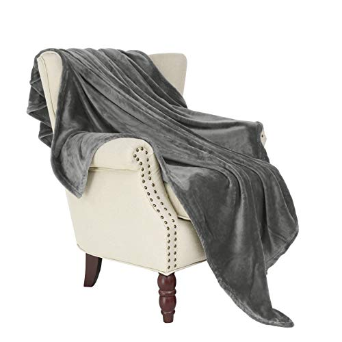 Exclusivo Mezcla Large Flannel Fleece Velvet Plush Throw Blanket – 50' x 70' (Grey)