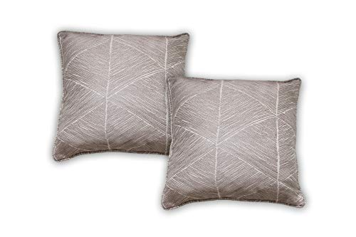 restmor Geometric Pattern Grey beige 2 Pack of Cushion Covers, Textured feel, contemporary style, zip closure Hugho Pillow case in a silver greige colour square size 45 x 45 cm
