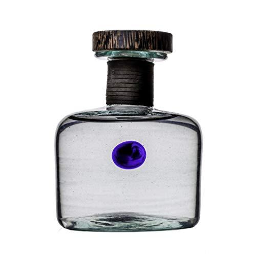 Procera Gin/Kenia/erster Gin der Welt aus afrikanischem Wacholder/mundgeblasener Flasche / 44% Vol / (0,5 L)