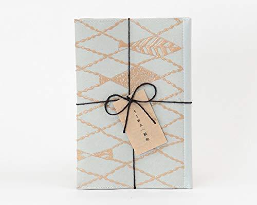 SIWA(シワ) URUSHI ブックカバー 文庫サイズ (ミナ ペルホネン) 日本の伝統産業「漆」と「和紙」を融合させたブックカバー