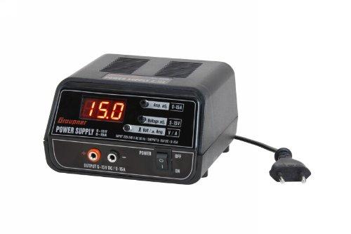 Graupner 6458 - Fuente de alimentación conmutada ajustable 5- 15 V/0- 15 A [Importado de Alemania]