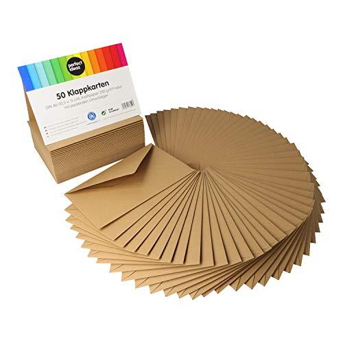 perfect ideaz 50 tarjetas plegables de papel kraft DIN A6 con sobres (11 x 15,5 cm), elaboradas de forma sostenible en Alemania, tarjeta doble marrón, set en blanco, para manualidades, para postales