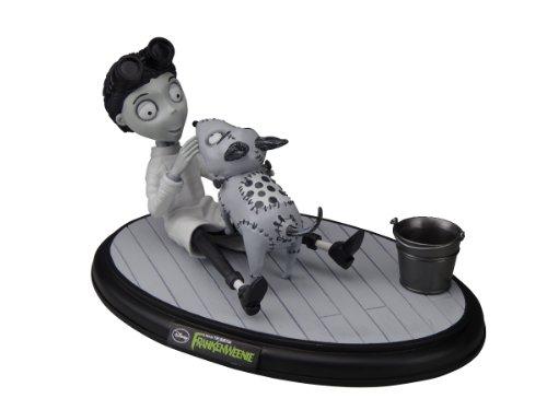 Frankenweenie: Victor & Sparky (PVC Diorama Figure)