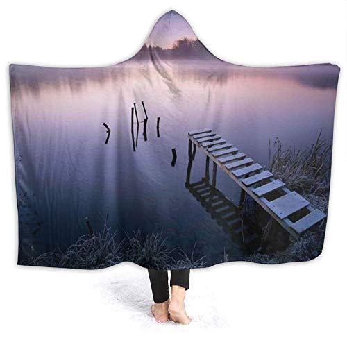 YOUMEISU Manta con Capucha,Misty Lake Muelle de Madera Bosque distante en la madrugada Fantasy Dreamy,Mantas con Capucha Manta Cálida Invierno 150x200cm