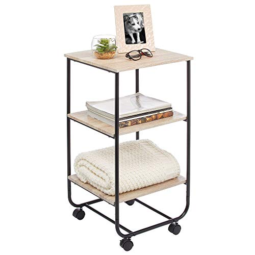 mDesign Mesita auxiliar con ruedas – Moderna estantería de madera con 3 baldas – Práctico mueble con estantes para cuarto de baño, cocina o habitación infantil – color natural/negro