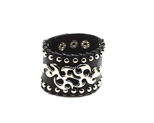 High quality leather bracelets for men and women, these are a great looking leather bracelet and make ideal gothic gifts or accessories for fancy dress and costume or day to day wear Available in a variety of designer styles, perfect steampunk access...