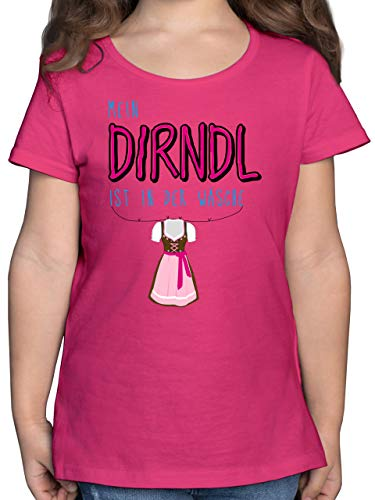 Oktoberfest & Wiesn Kind - Mein Dirndl ist in der Wäsche - 140 (9/11 Jahre) - Fuchsia - Tshirt Dirndl 116 - F131K - Mädchen Kinder T-Shirt