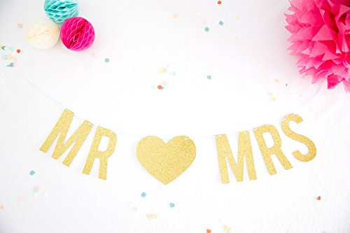 Party Banner MR & MRS Gold Glitter Party Garland