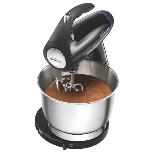 Sunbeam 2594 350-Watt MixMaster Stand Mixer with Dough Hooks and Beaters, Black