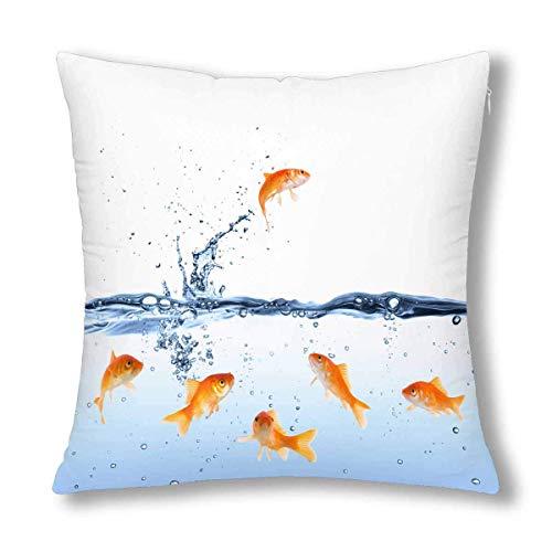 GOSMAO Divertido pez Dorado Saltando a la Libertad Funda de Almohada Decorativa con cojín, 18 x 18 Pulgadas, Protector de Funda de Almohada Decorativa