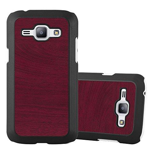 Preisvergleich Produktbild Cadorabo Hülle für Samsung Galaxy J1 2015 (5) - Hülle in Woody ROT Hardcase Handyhülle in Vintage Holz Optik - Schutzhülle Bumper Back Case Cover