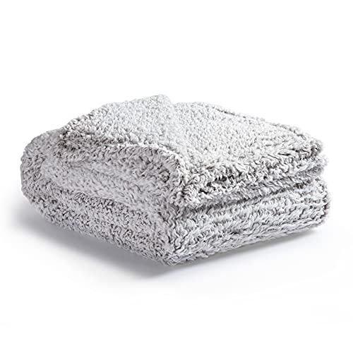 Bedsure Manta Sofa Polar Grande - Manta para Cama 90 Borreguito de Invierno, Manta Cubre Cama 150x200 de Sherpa Suave y Calentita, Gris