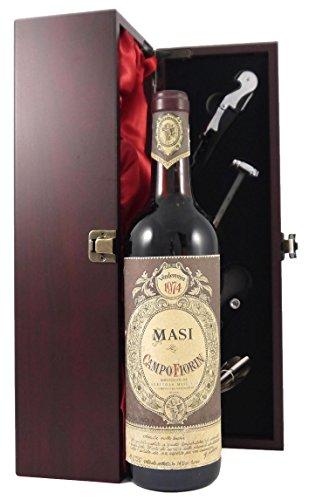 Masi Campofiorin Rosso del Veronese IGT 1974 Masi in einer mit Seide ausgestatetten Geschenkbox. Da zu vier Wein Zubehör, Korkenzieher, Giesser, Kapselabschneider,Weinthermometer, 1 x 750ml