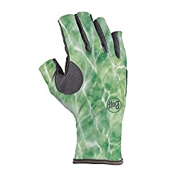This fly fishing gift shows the Buff Pro Angler 3 Gloves for fishing.